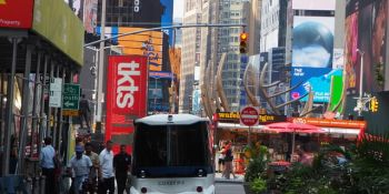 First self-driving shuttle coasts into New York's Times Square
